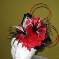 Ascot Hatinator in Black & Poppy Red - ME01